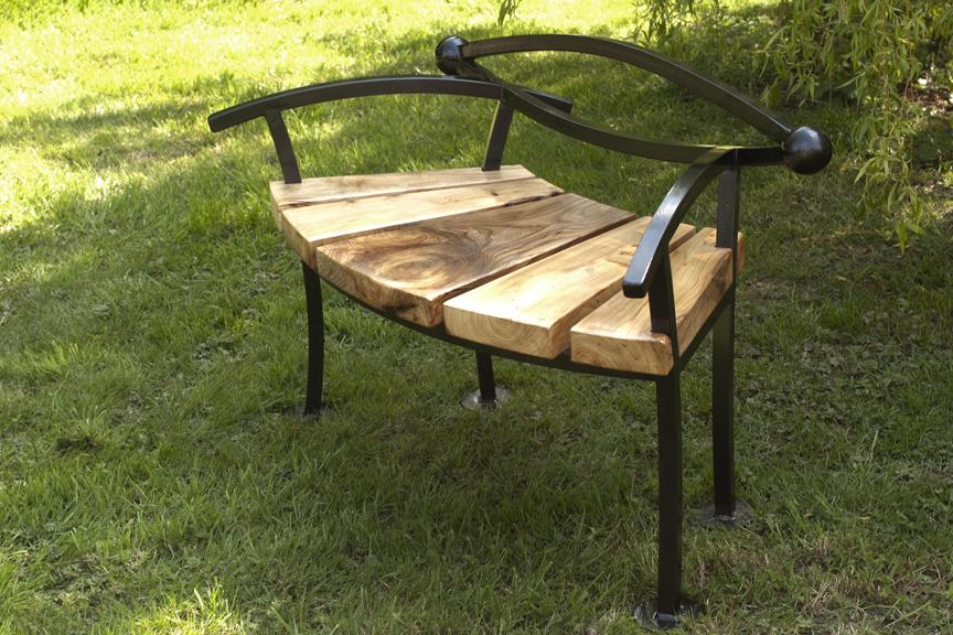 nik burns sculptor benches
